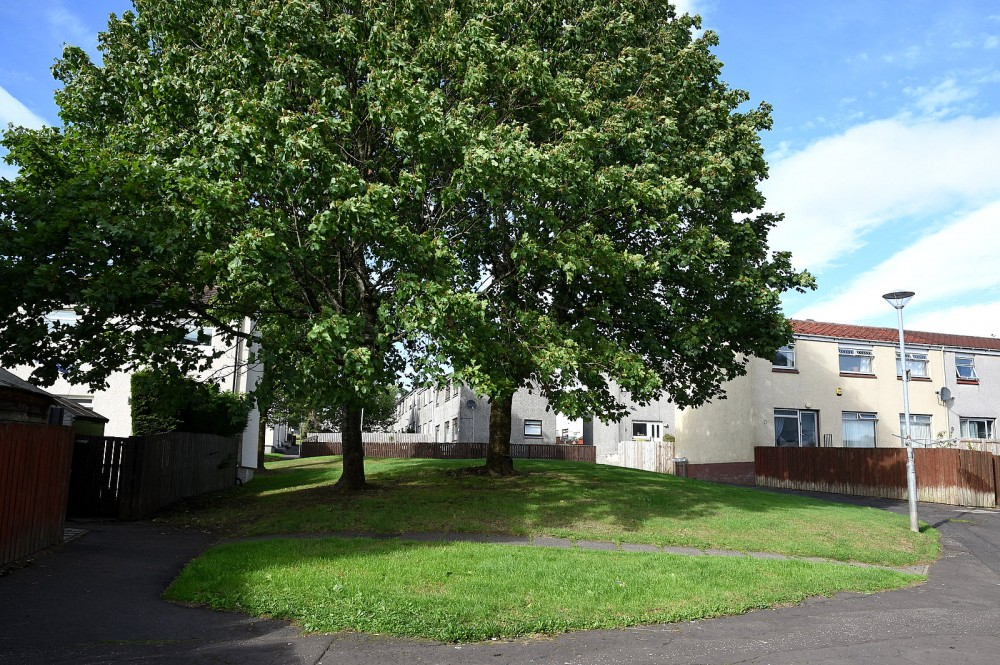 New Farm Loch housing estate